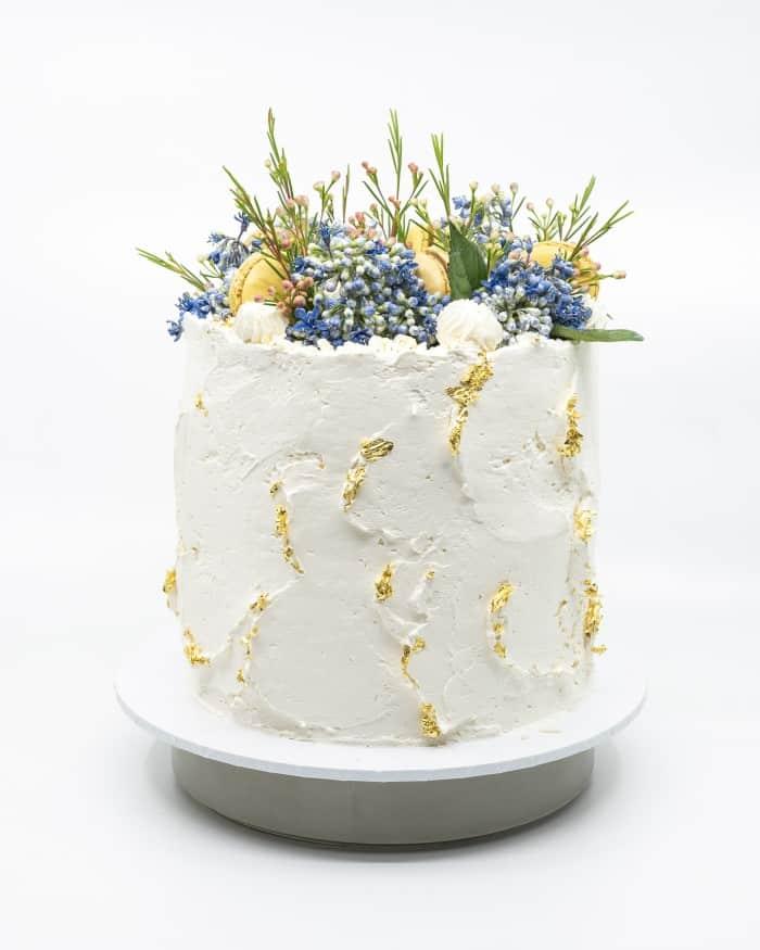 Solid textured vanilla buttercake